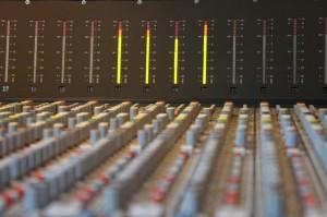 sound-studo-393039_640